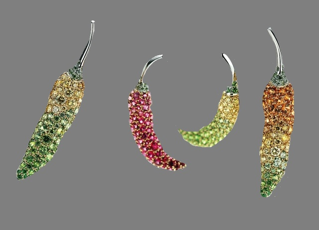 Pepper brooches. 18K Yellow gold, 950 Platinum, Mandarin garnet, Yellow diamond, Demantoid garnet, Diamond