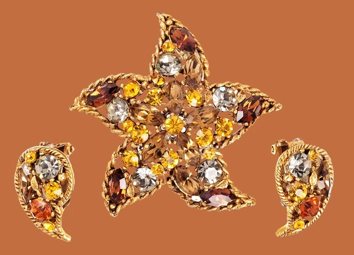 Starfish Gold Tone & Jeweled Brooch and Earrings