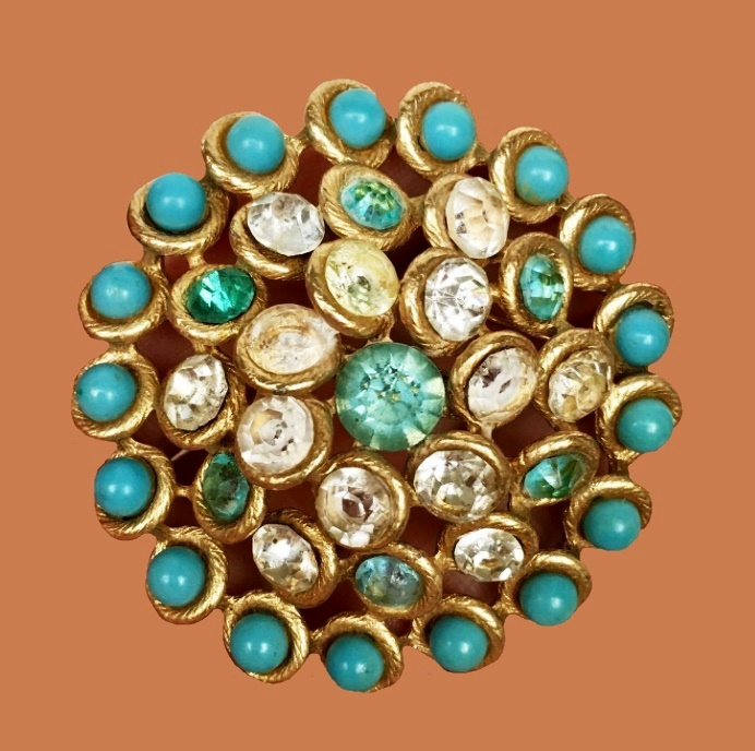 Stunning brooch, jewelry alloy, gilding, crystals