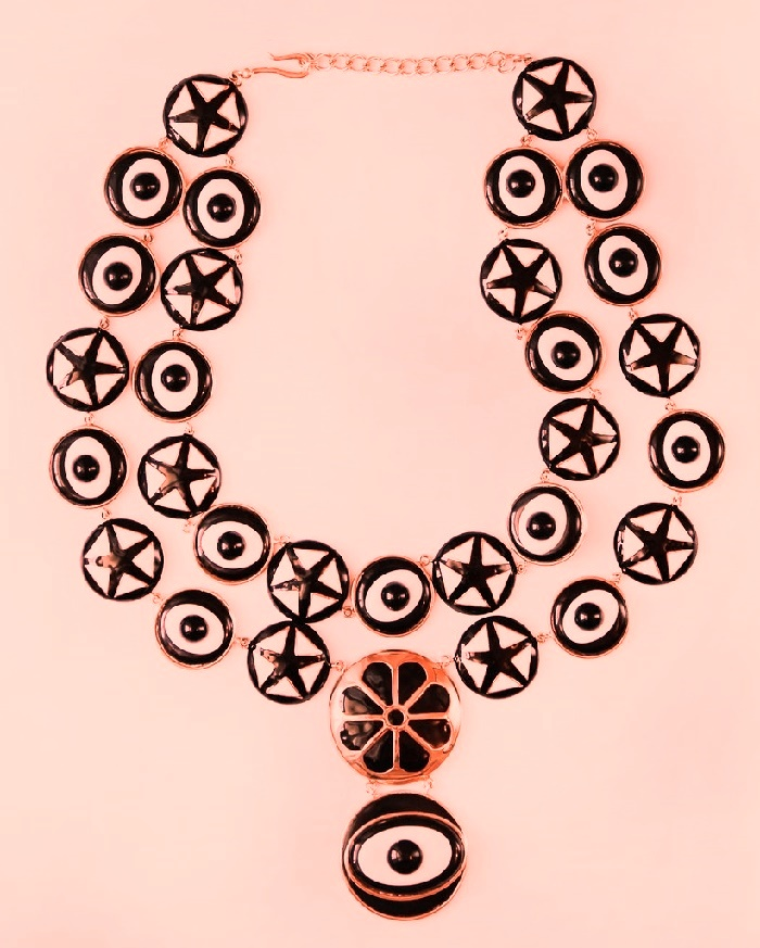 Stylish black and white Enameled necklace
