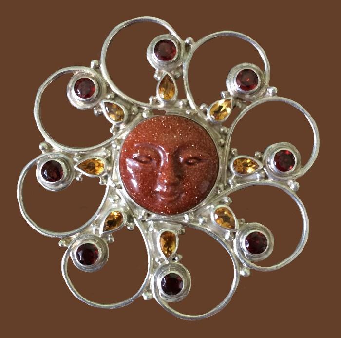 Sun Goddess brooch pendant. Silver 925, aventurine, garnets, citrines. 5.6 cm