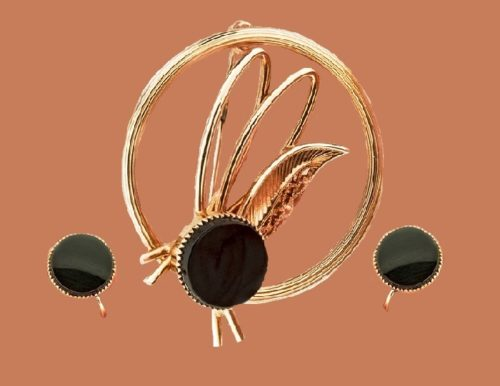 Vintage set 'Onyx' Brooch and screw clips. jewelry alloy, plating - gold 12 carat, inset - onyx. 1960s brooch 3.2 x 3.8 m, clips 1 cm