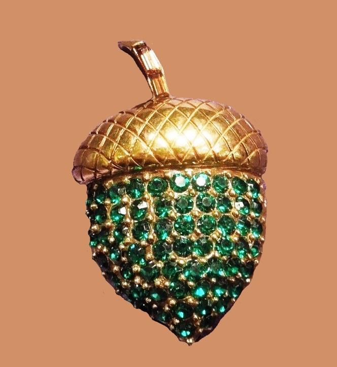 Acorn gold tone pin pendant