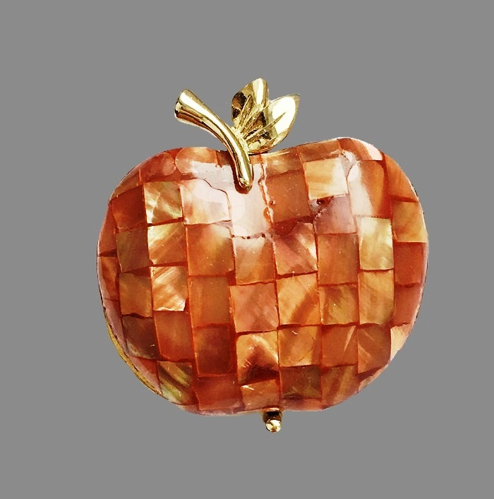 Apple brooch. Jewelry alloy, mother of pearl. 3.6 cm