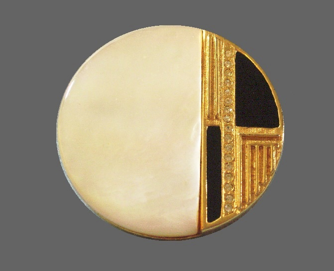 Art Deco round brooch. Gold plated, enamel, mother of pearl, signed Mandle