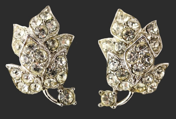 Brilliant clear rhinestones leaf earrings. 1950s