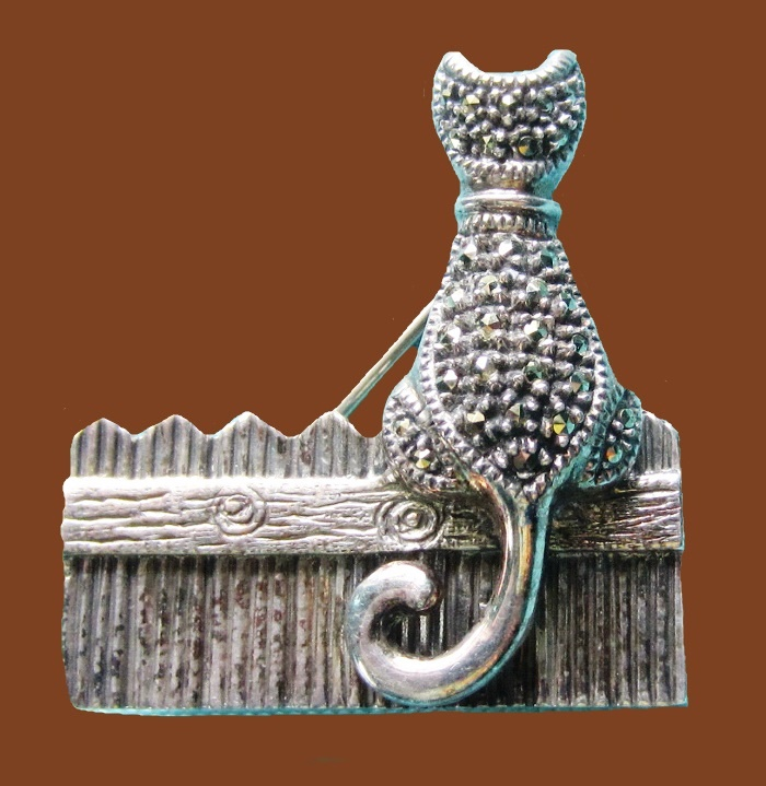Cat on a fence brooch. Marcasite, sterling silver
