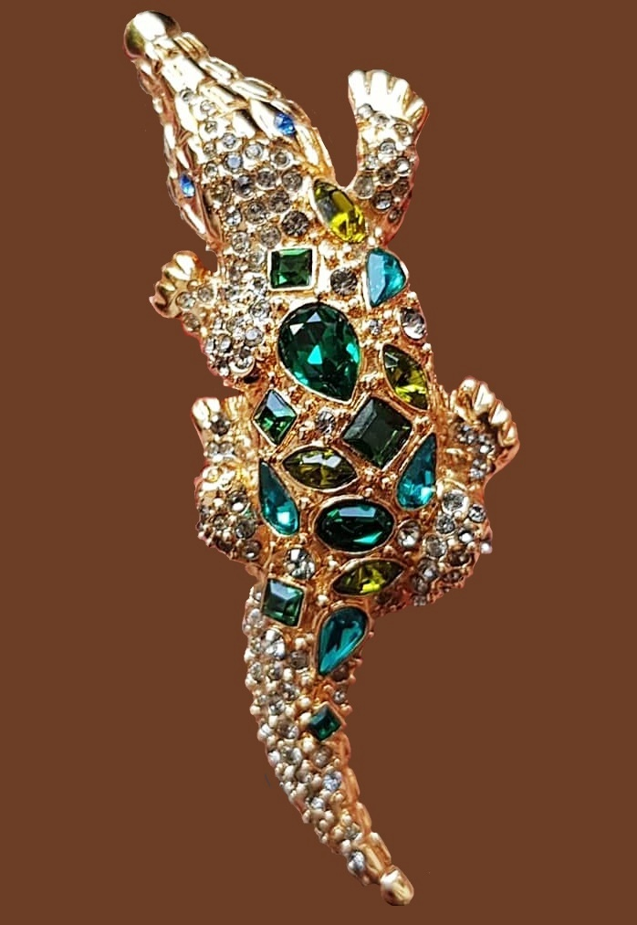 Crocodile Large brooch, 8 cm, 1980s. Jewelry alloy, crystals