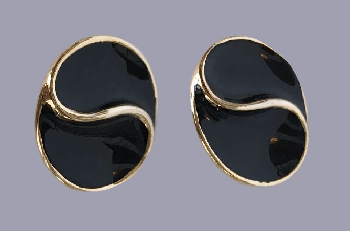 Designer clips made of enamel, covered with 14 carat gold