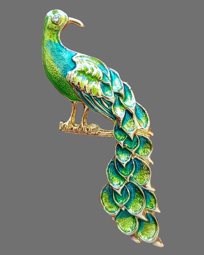 Fairy Peacock Brooch. Jewelry alloy color of yellow gold. Emerald green and light green enamel. Crystal eye. 1970s 7.2 cm