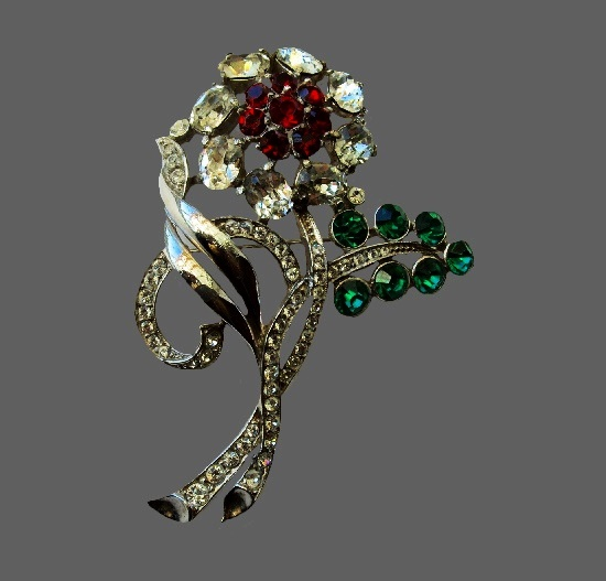 Flower brooch. Sterling silver, rhinestones
