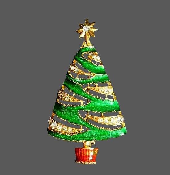 Green Christmas Tree brooch pin. Jewelry alloy, enamel, rhinestone