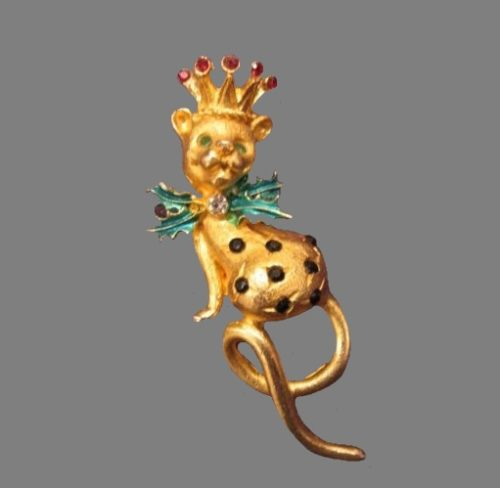 Leopard Christmas goldtone pin