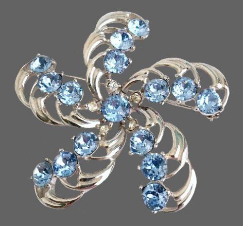 Light blue rhinestone swirling feathers brooch, rhodium plated