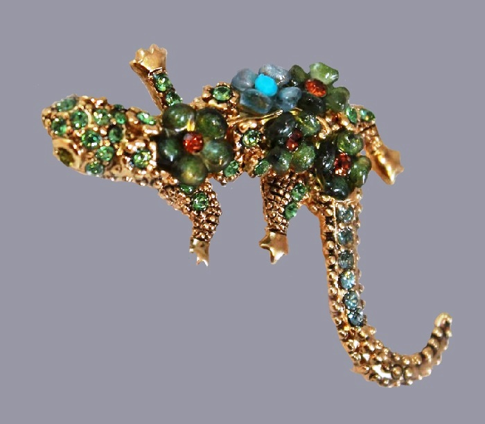 Lizard brooch. Jewelry alloy, rhinestones