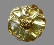 Luxurious vintage brooch-pendant Mysterious flower. Jewelry alloy, gold plating, lucite. 3.5 cm