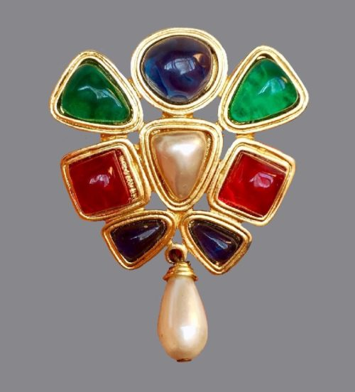 Multi-color brooch with pearl pendant and gripoix inserts