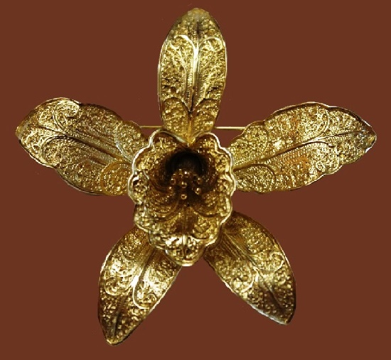 Orchid vintage brooch. Jewelry alloy, filigree. 6.5 cm