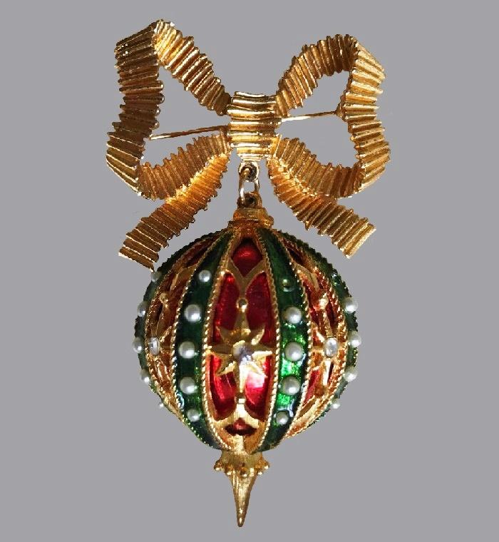Ornament dangling enamel ball pin