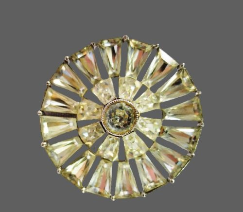 Rhinestone wheel round brooch, vintage
