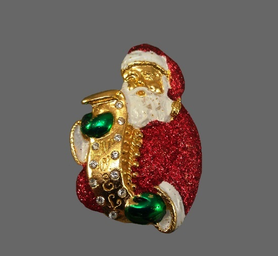 Santa Claus brooch pin. Gold tone, enamel. 5.2 cm. 1970s