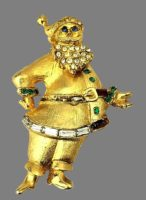 Santa Claus gold tone brooch with rhinestones