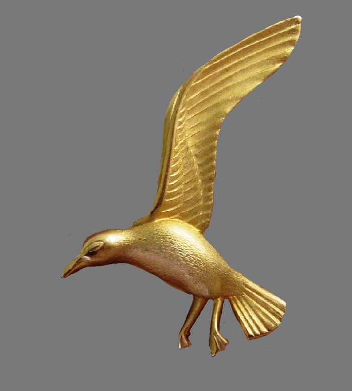 Sea gull three dimensinal brooch