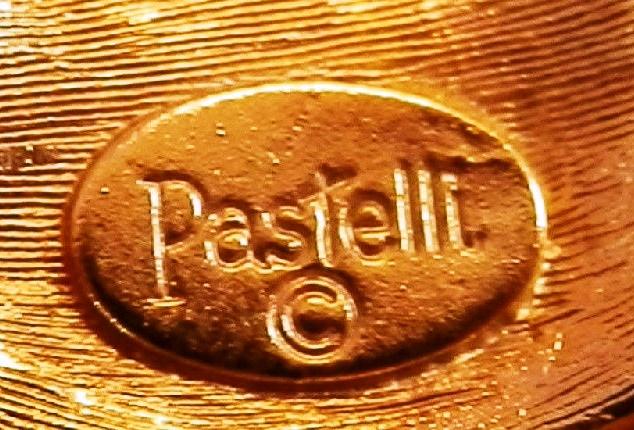 Signature Pastelli