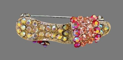 Slipper brooch. Pink and red genuine Austrian crystals, silvertone metal