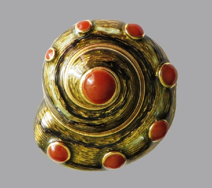 Snail brooch. Jewelry alloy, 4 cm