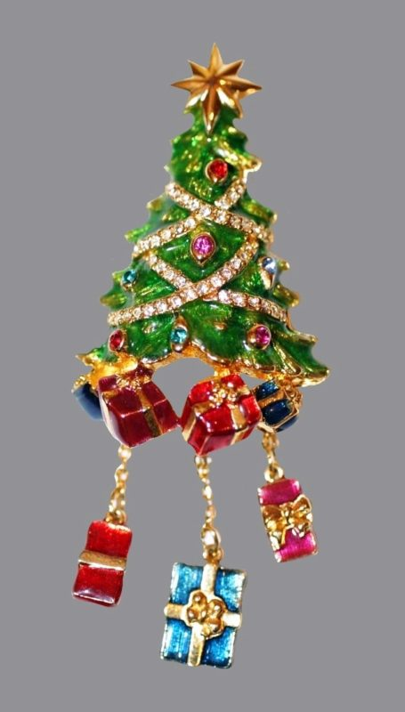 Sparkling Christmas tree with charms brooch