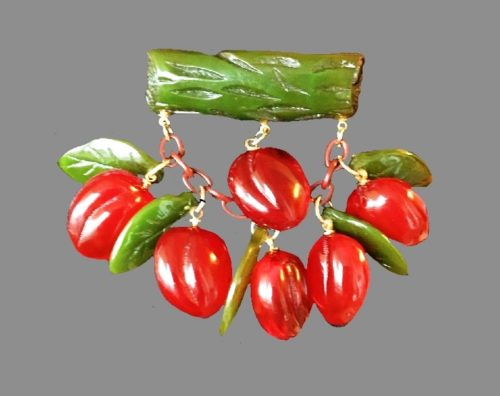 Sprig of ripe cherry brooch, berries and leaves on a moving chain. Plastic beads, metal base, jewelry alloy. 6.5 cm