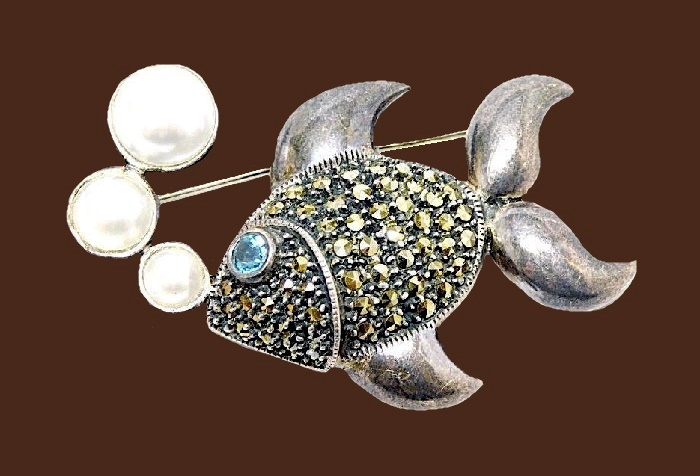 Stunning sterling silver, marcasites, blue topaz and pearl fish brooch