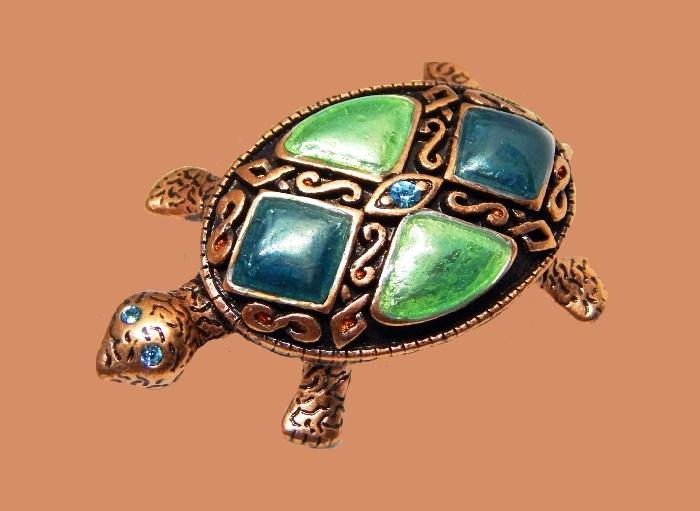 Tortoise vintage brooch. Copper alloy, rhinestones, enamel