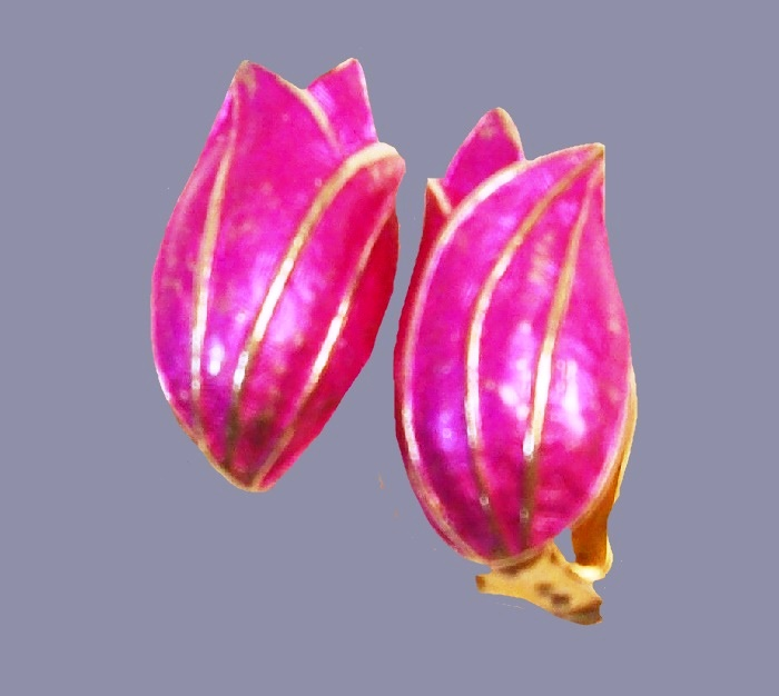 Tulip earrings. Purple enamel, gold tone