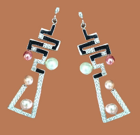 Very spectacular Louis Vuitton earrings with colored pearls. Silver 925, zircons. Stud earrings