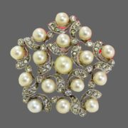 Vintage 1950's rhinestone and faux pearl pin