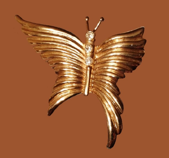 Art Deco style butterfly brooch made of jewelry alloy, decorated with rhinestones. 5.2 cm