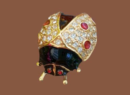 Beetle brooch. Gold tone jewelry alloy, enamel, rhinestones, Swarovski crystals. 3 cm