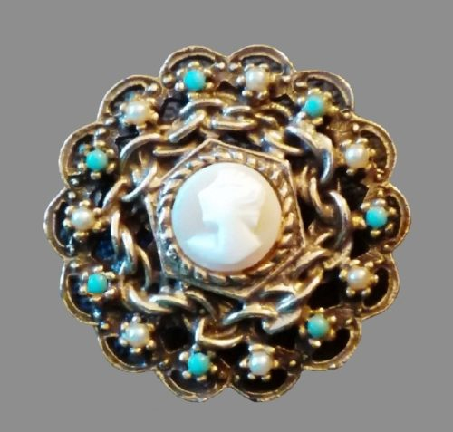 Blue and white stones cameo brooch