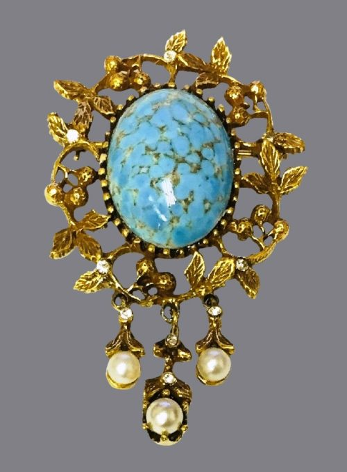 Brooch with dangle pearls. Faux turquoise and pearl, crystals and jewelry alloy of gold tone