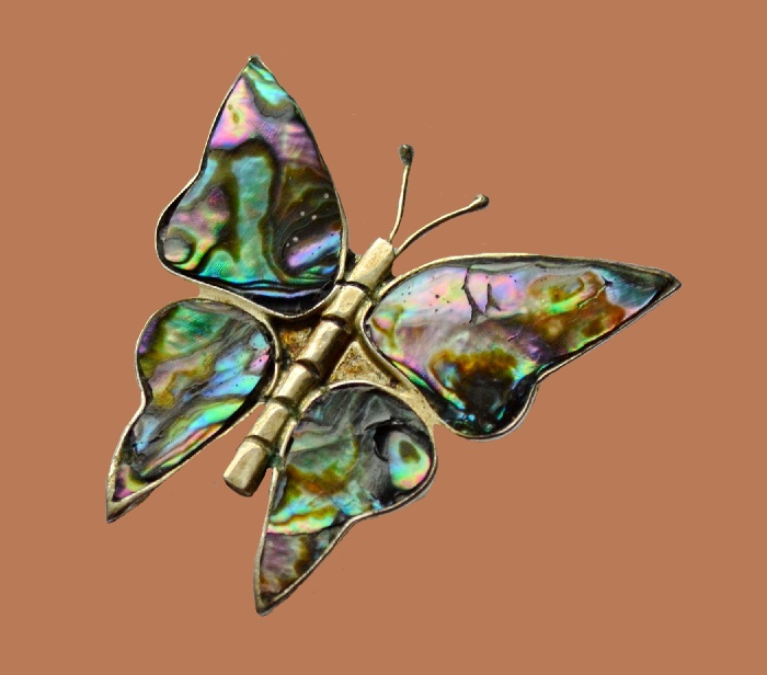 Butterfly brooch. Mother of pearl, silver alloy. 4 cm