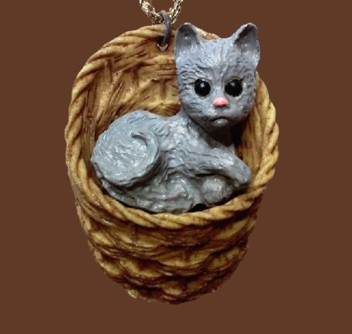 Cat in the basket pendant made of resin