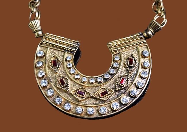Egyptian Style Horseshoe Necklace. Faux ruby, rhinestones, jewelry alloy of gold tone