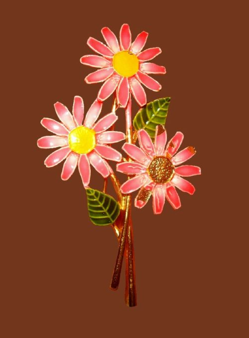Garden flowers vintage brooch. 1970s. Jewelry alloy, enamel. 6.3 cm
