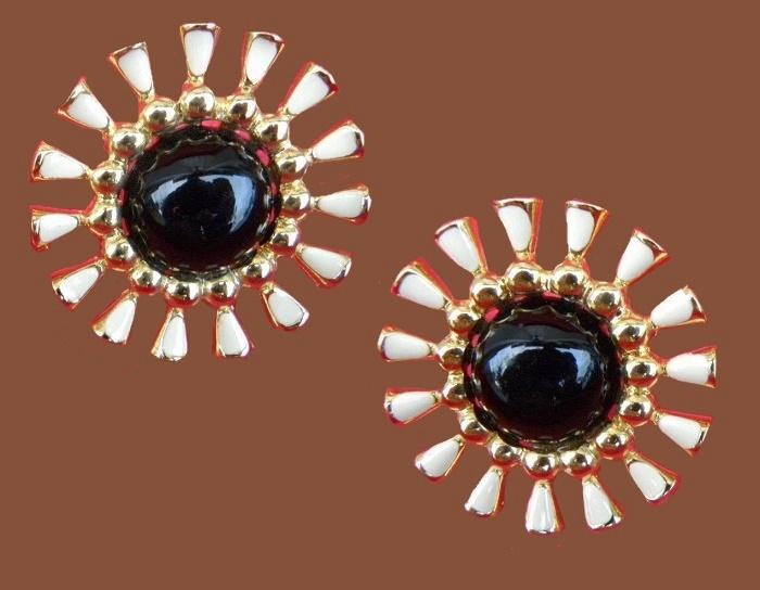 Gorgeous vintage gold vermeil and enamel clip on earrings