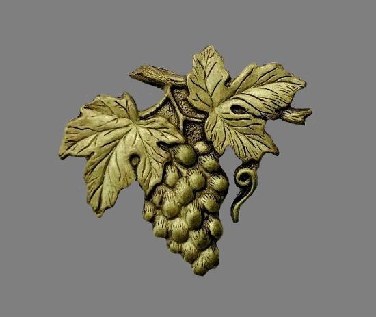 Grape leaf textured brass brooch