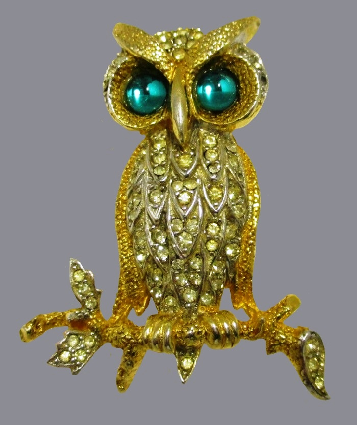 Green-eyed gold tone crystals owl brooch