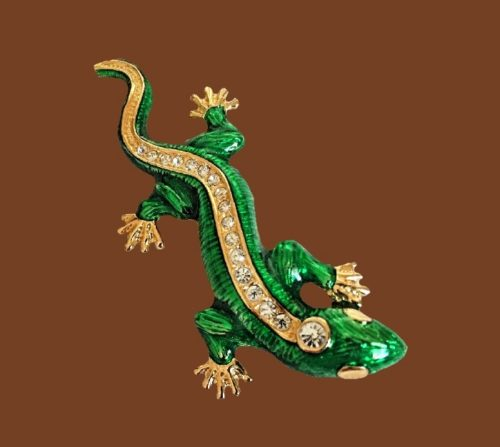 Green lizard brooch. Jewelry alloy, enamel, rhinestones