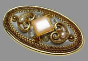 Heart Motif oval brooch-pendant. Glass cabochons, mother of pearl, gold plated